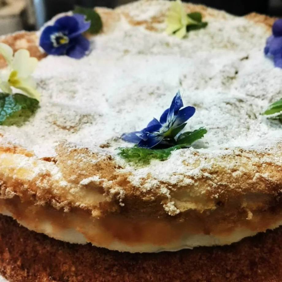 cake, homemade, Great Chalfield Manor, lunches
