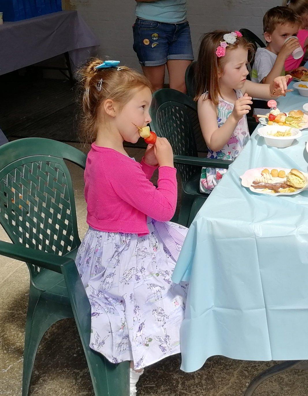 food, children's party, birthday cake, homemade, Truffleicious