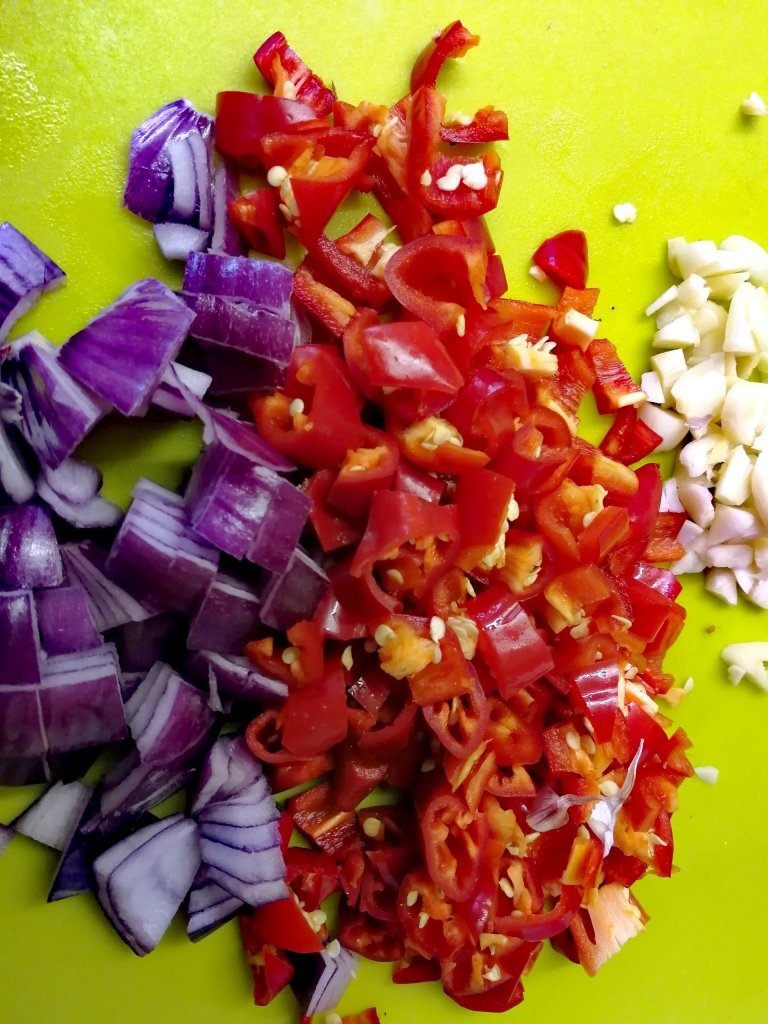 Peppers, red onions, chillis, garlic, chutney